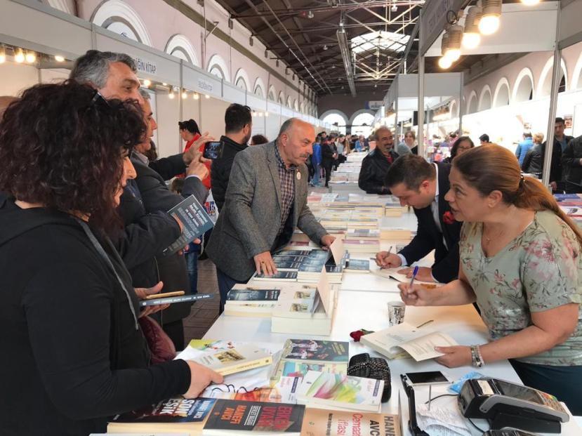 İzmir Çakabey kitap günleri mart 2019 ozan bingöl 5